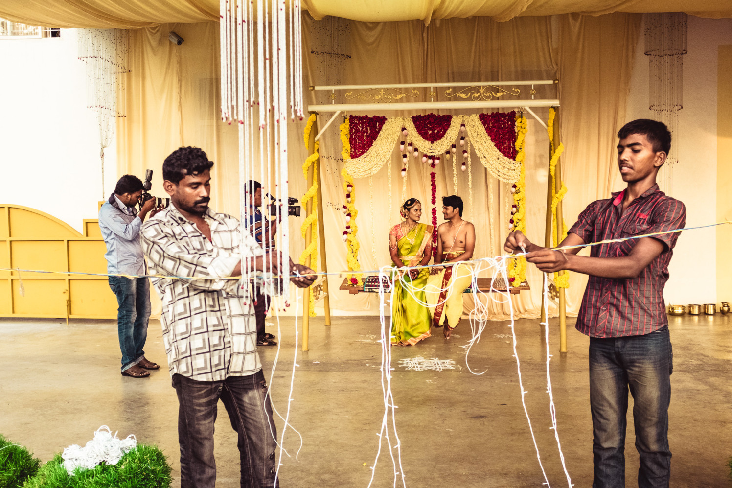 All set for the cilck! by Manas Saran Photography Wedding-photography | Weddings Photos & Ideas