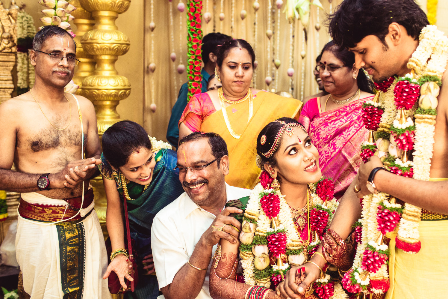 Young romance between the couplet! by Manas Saran Photography Wedding-photography | Weddings Photos & Ideas