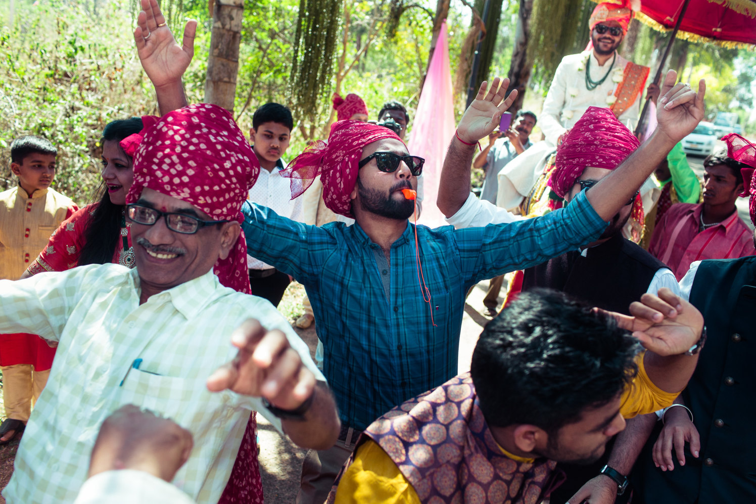 Dance and glitz! by Manas Saran Photography Wedding-photography | Weddings Photos & Ideas