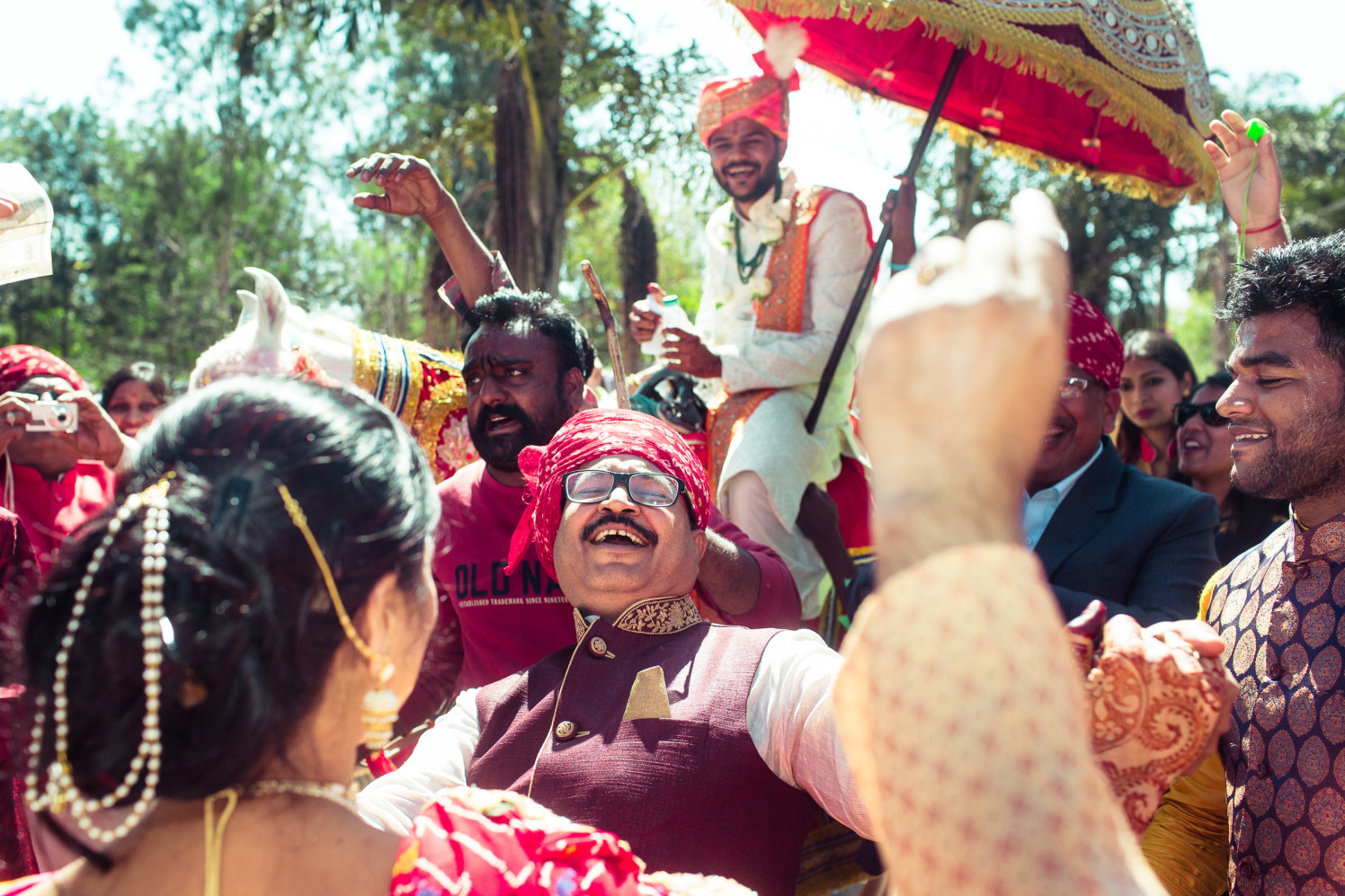 The aura of joy! by Manas Saran Photography Wedding-photography | Weddings Photos & Ideas