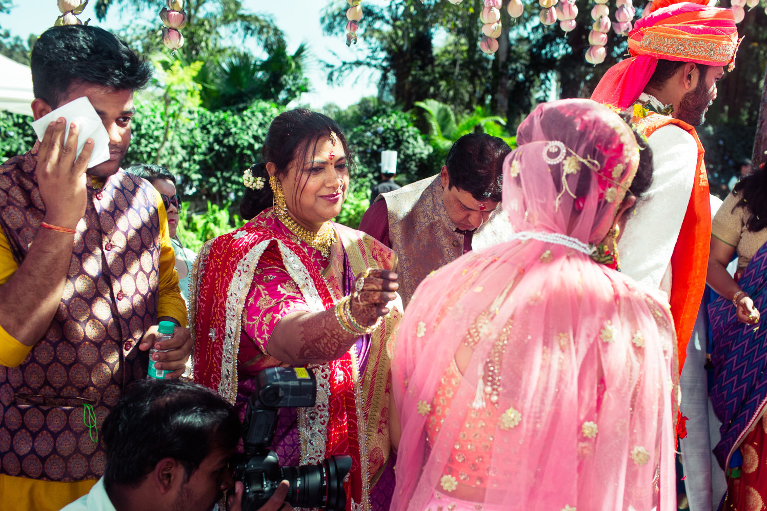 The coral flushed! by Manas Saran Photography Wedding-photography | Weddings Photos & Ideas