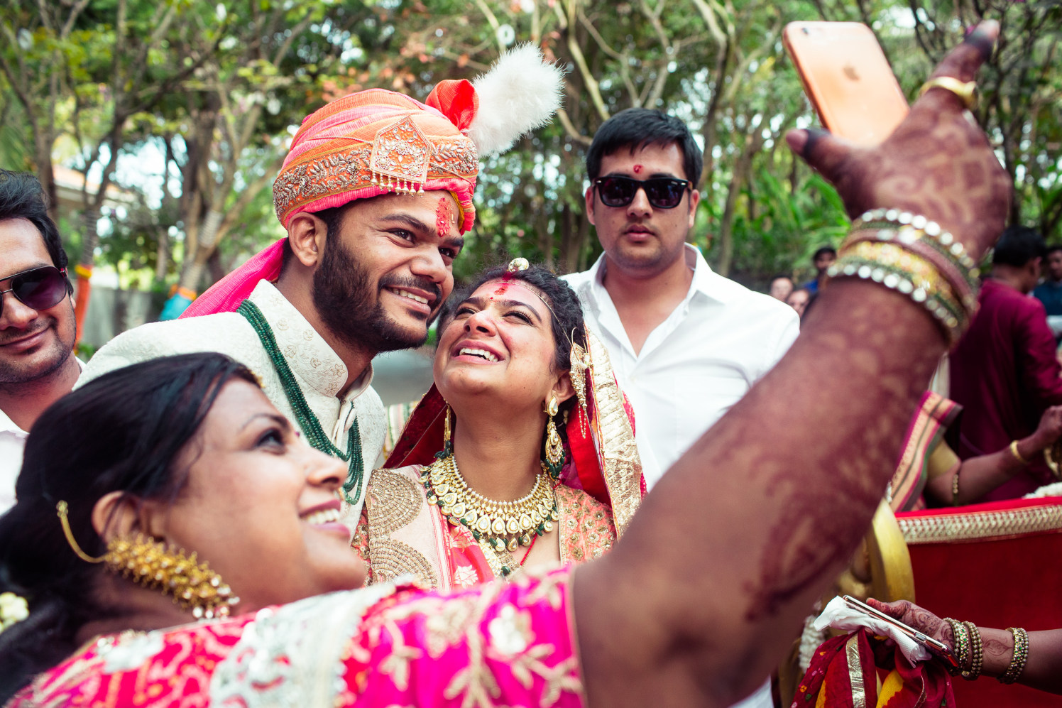 Lets click a selfie! by Manas Saran Photography Wedding-photography | Weddings Photos & Ideas