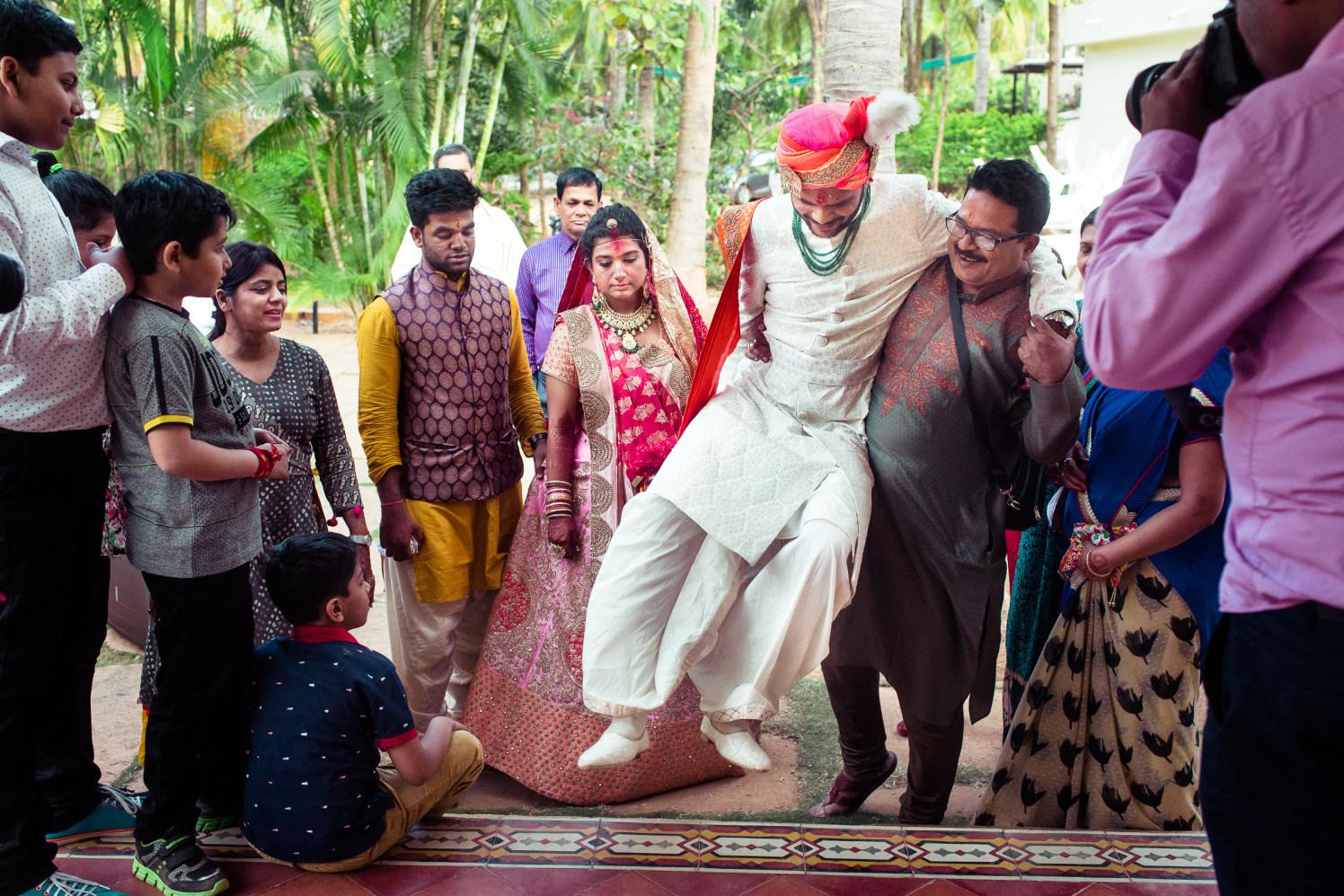 Over ecstatic fair! by Manas Saran Photography Wedding-photography | Weddings Photos & Ideas