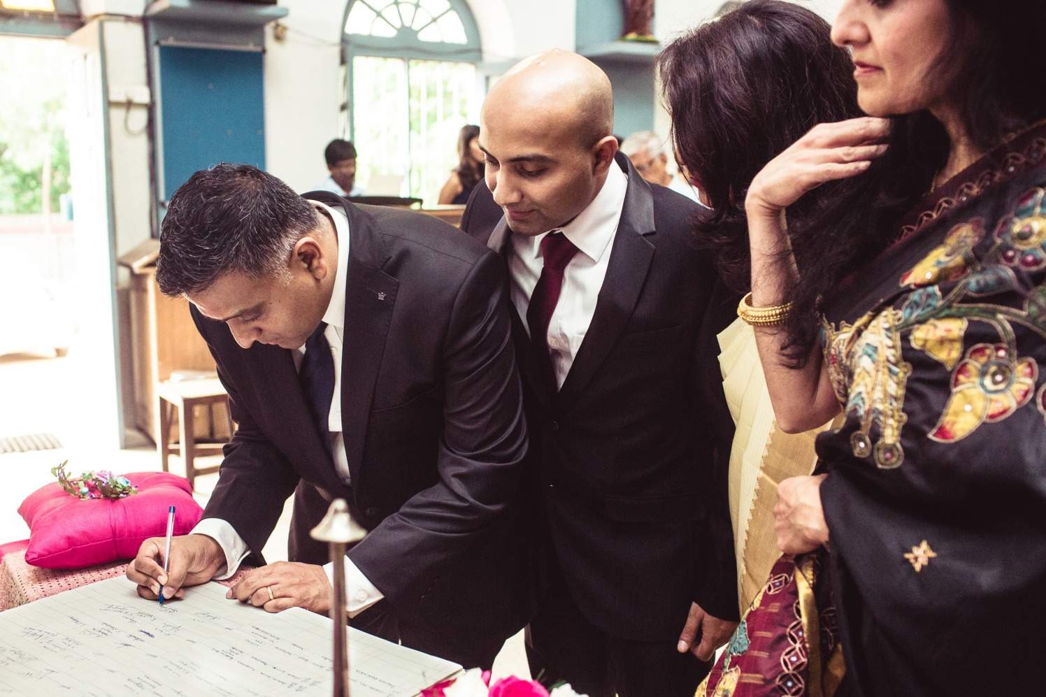 Witnesses of a wedding! by Manas Saran Photography Wedding-photography | Weddings Photos & Ideas