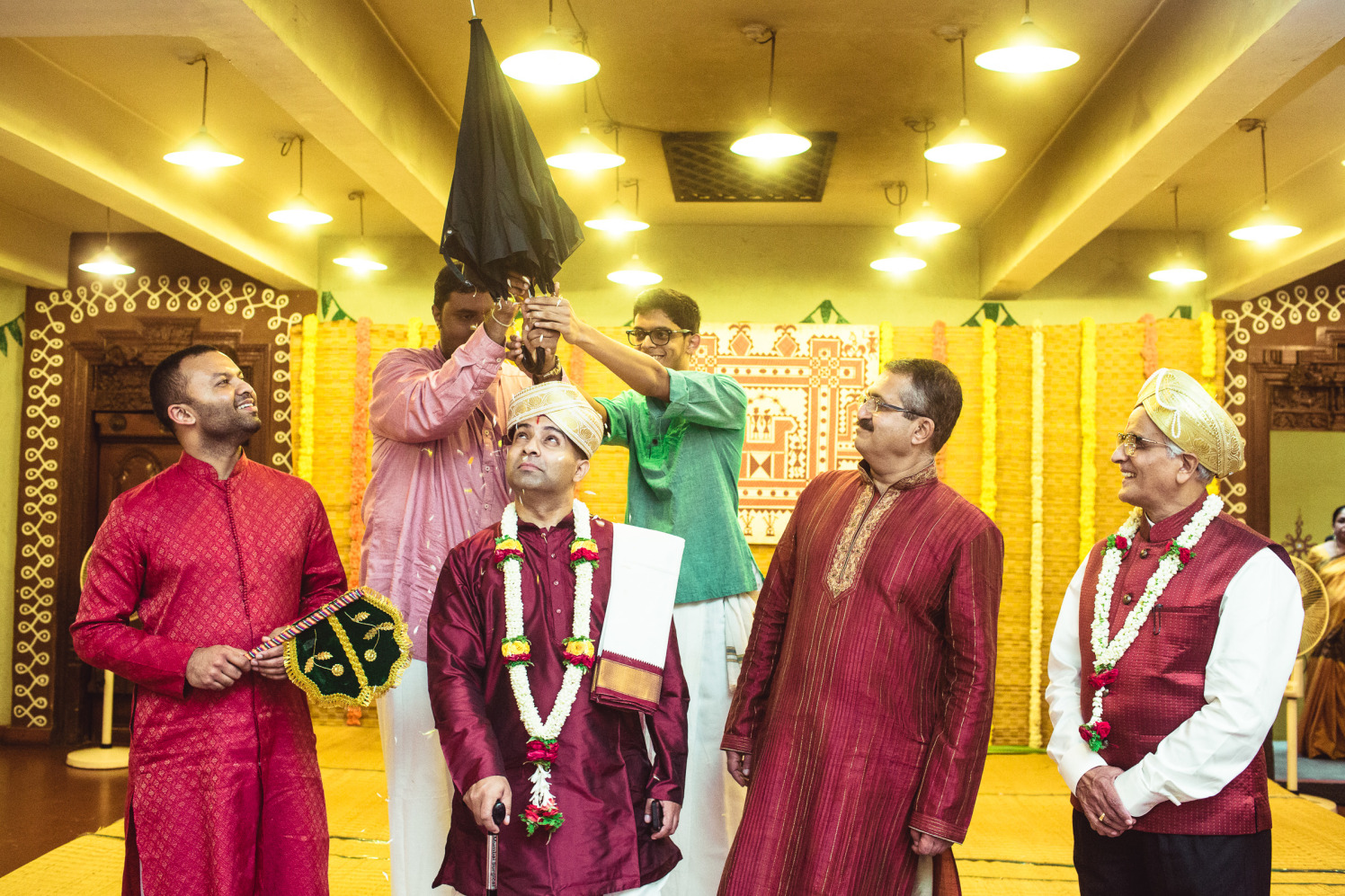 With the traditions! by Manas Saran Photography Wedding-photography | Weddings Photos & Ideas