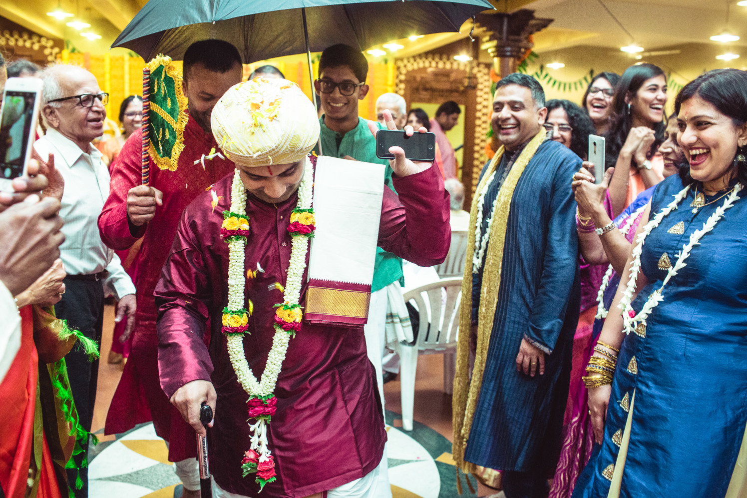 Shower of blessings! by Manas Saran Photography Wedding-photography | Weddings Photos & Ideas