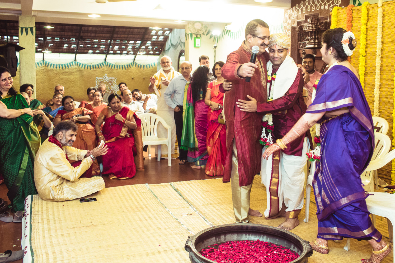 All in goodwill to the bride! by Manas Saran Photography Wedding-photography | Weddings Photos & Ideas