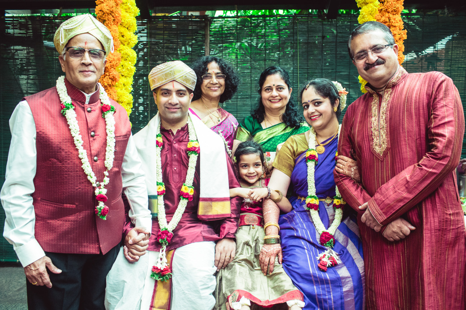 Family that clicks together stays together! by Manas Saran Photography Wedding-photography | Weddings Photos & Ideas