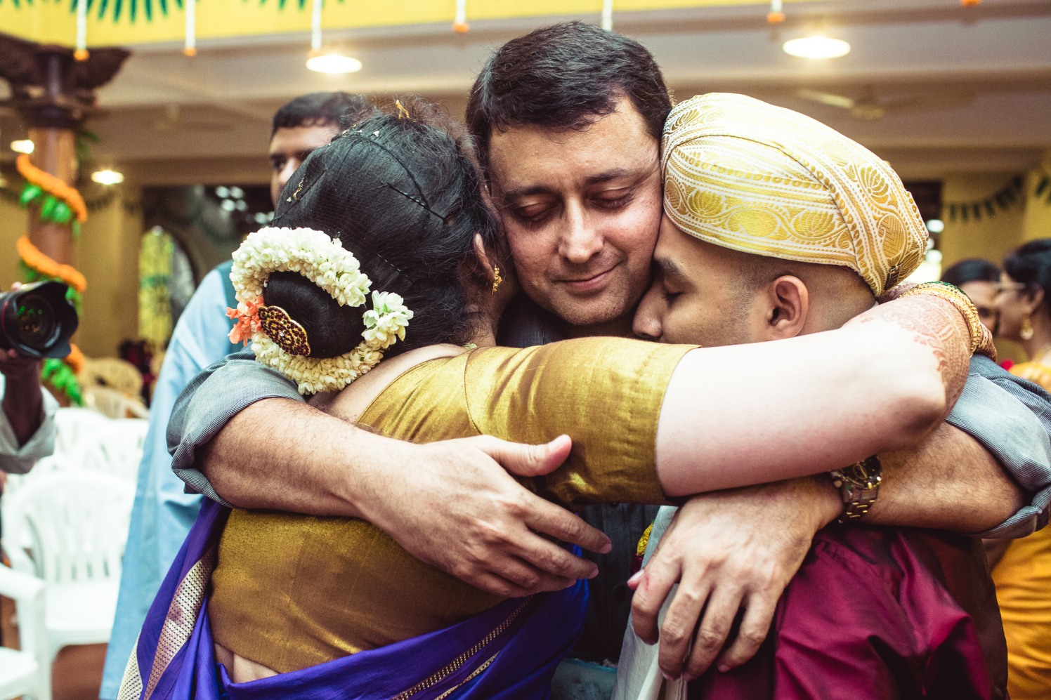 The warmth of love! by Manas Saran Photography Wedding-photography | Weddings Photos & Ideas
