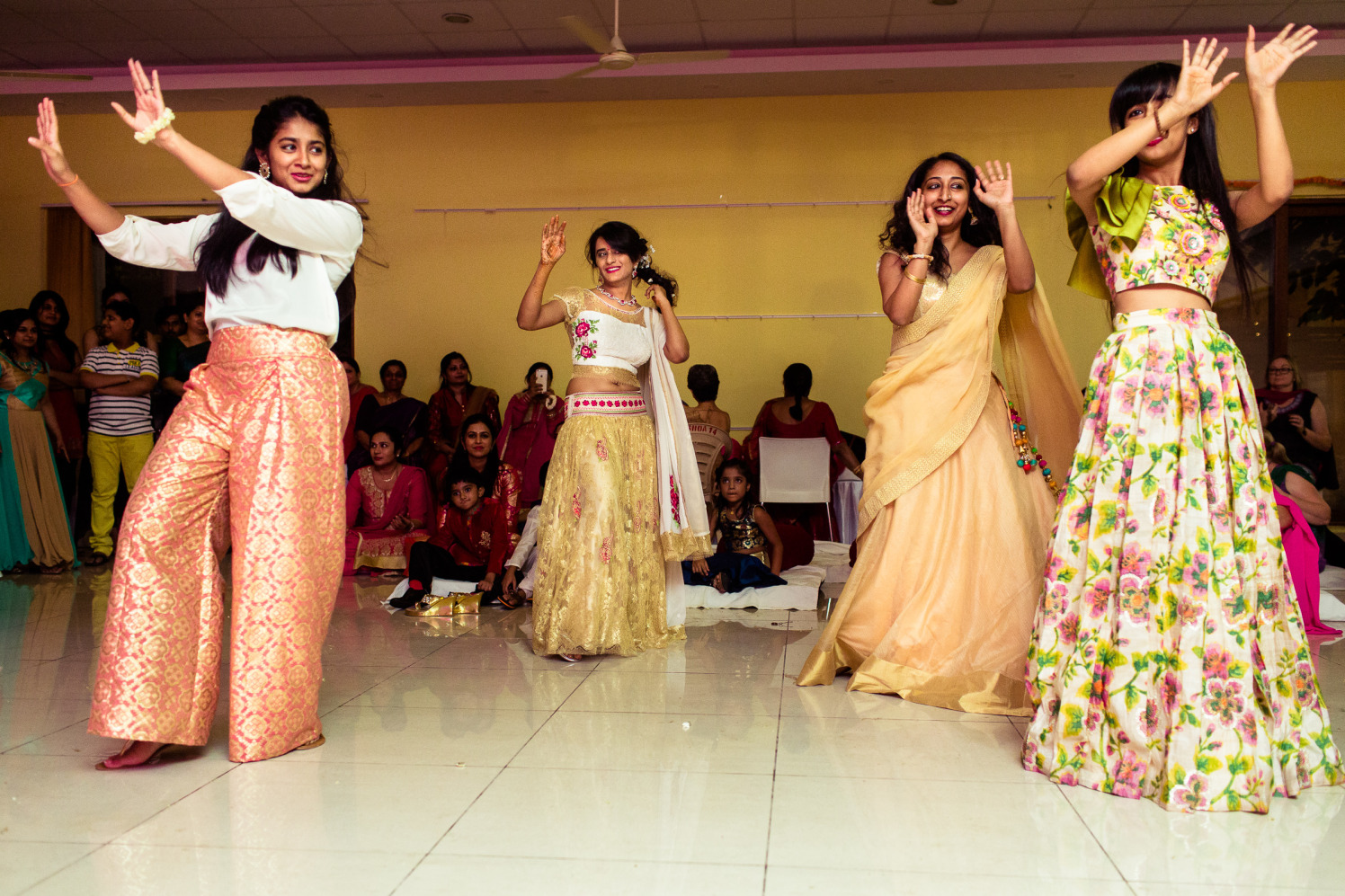 Women show some moves! by Manas Saran Photography Wedding-photography | Weddings Photos & Ideas