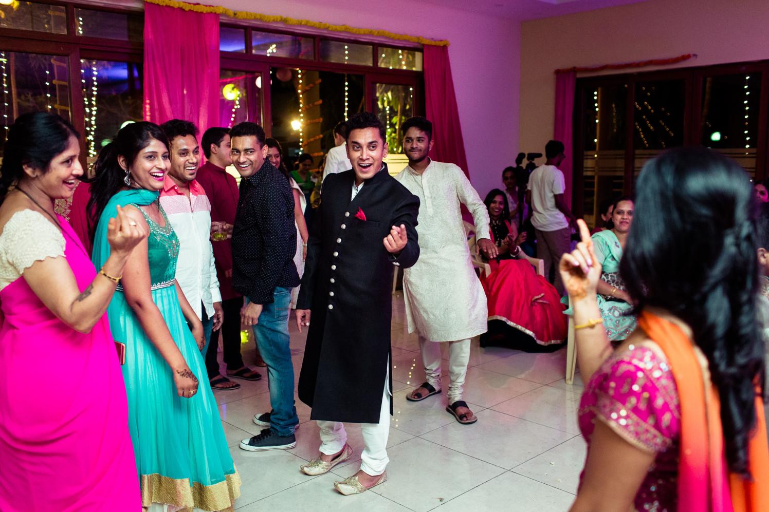 Joyous captures! by Manas Saran Photography Wedding-photography | Weddings Photos & Ideas