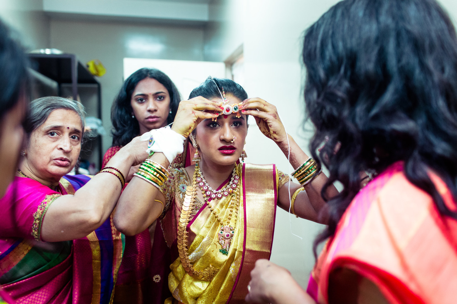 The bride is ready! by Manas Saran Photography Wedding-photography | Weddings Photos & Ideas