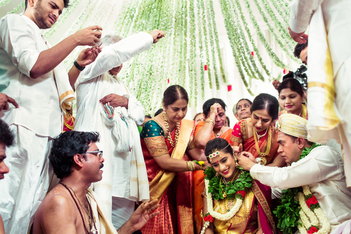 In the virtuous act! by Manas Saran Photography Wedding-photography | Weddings Photos & Ideas