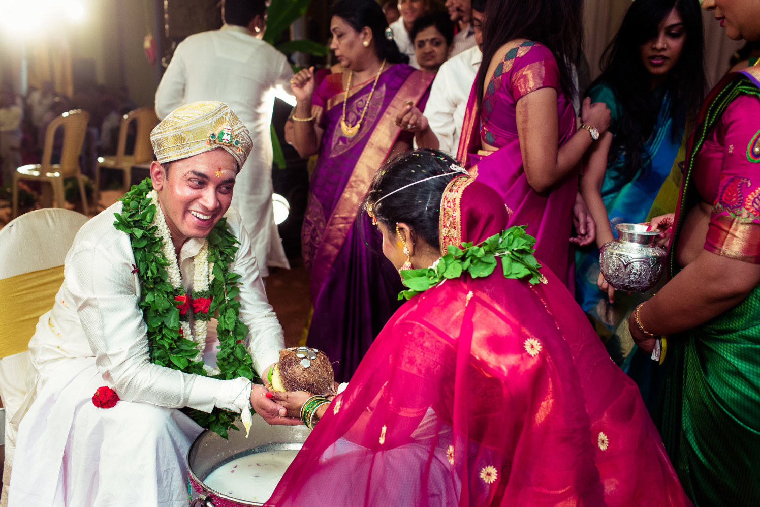Wedding rituals! by Manas Saran Photography Wedding-photography   Weddings Photos & Ideas