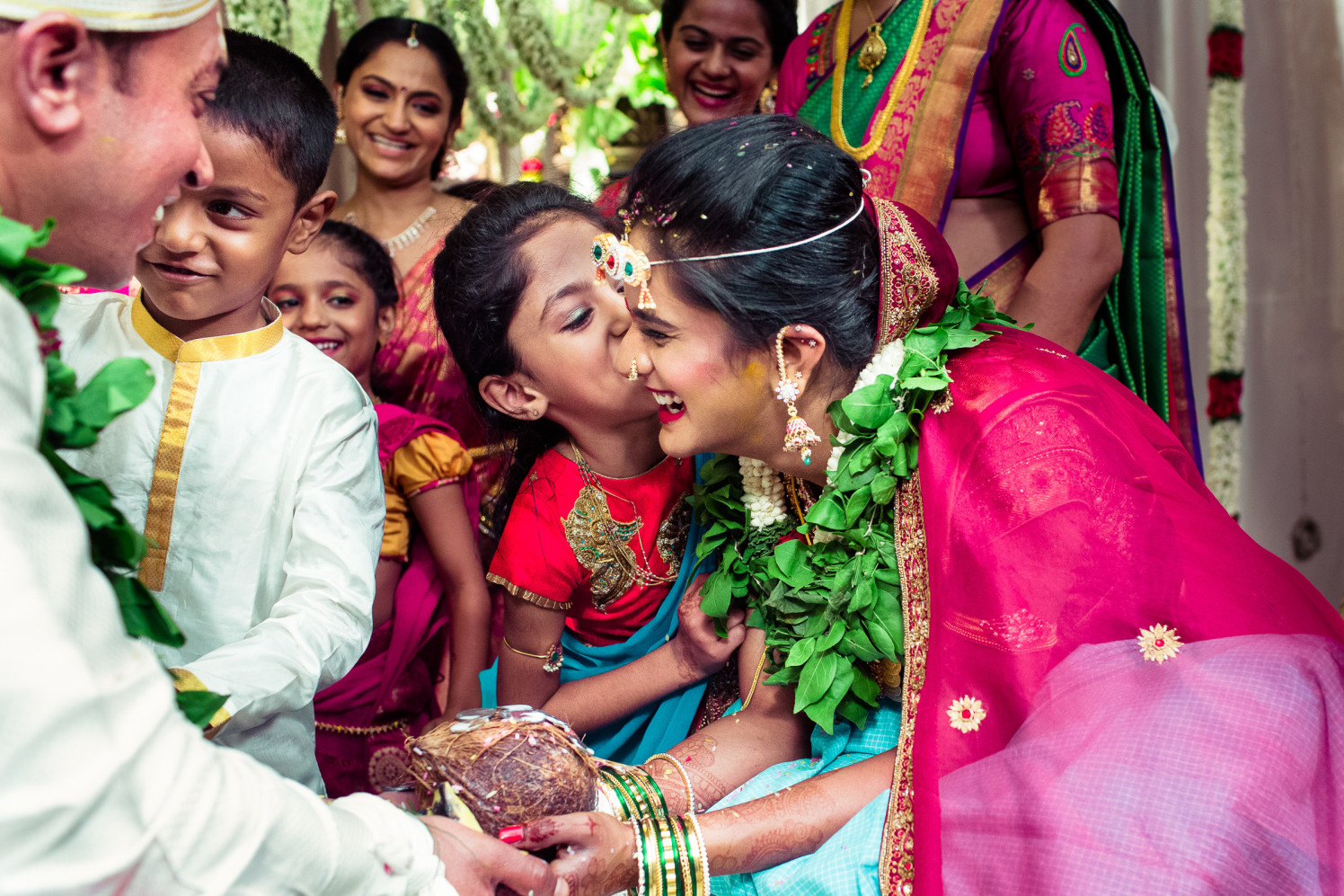 Sweet kisses! by Manas Saran Photography Wedding-photography | Weddings Photos & Ideas
