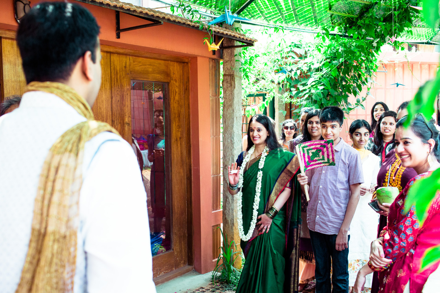The bride is here! by Manas Saran Photography Wedding-photography | Weddings Photos & Ideas
