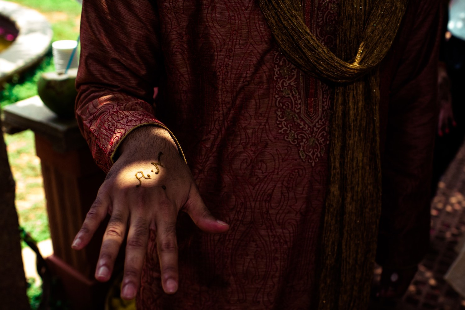 The groom gets his share of heena! by Manas Saran Photography Wedding-photography | Weddings Photos & Ideas