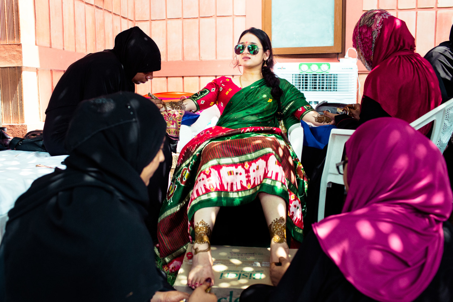 Lets roll the swag up! by Manas Saran Photography Wedding-photography | Weddings Photos & Ideas
