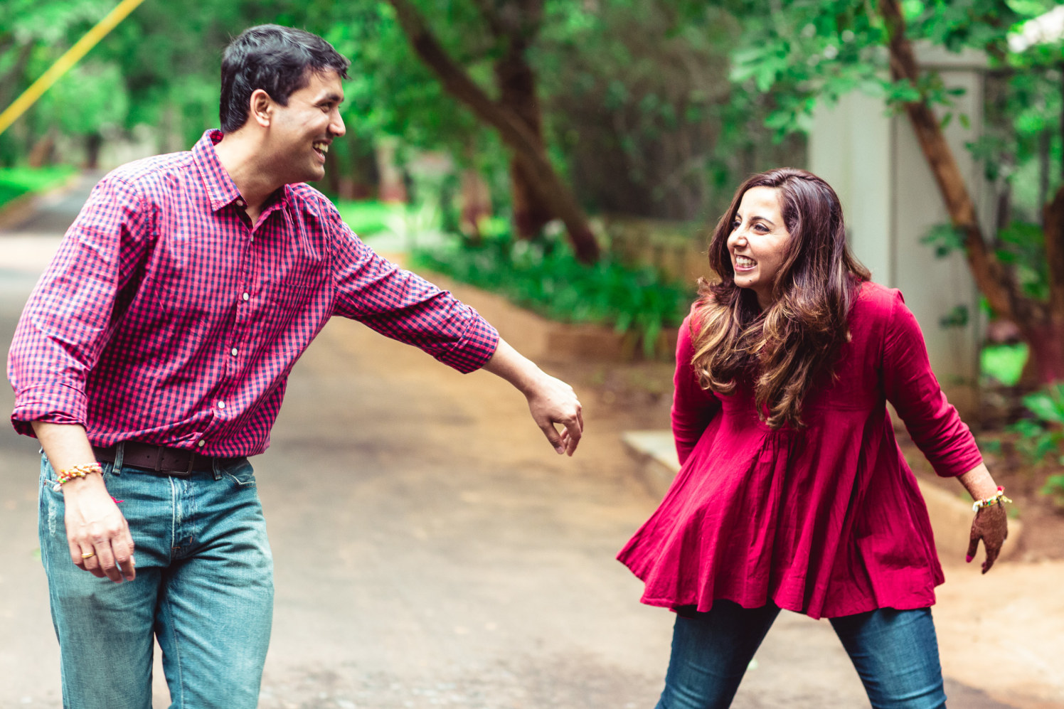 Enticing mirthful couple by Manas Saran Photography Wedding-photography | Weddings Photos & Ideas