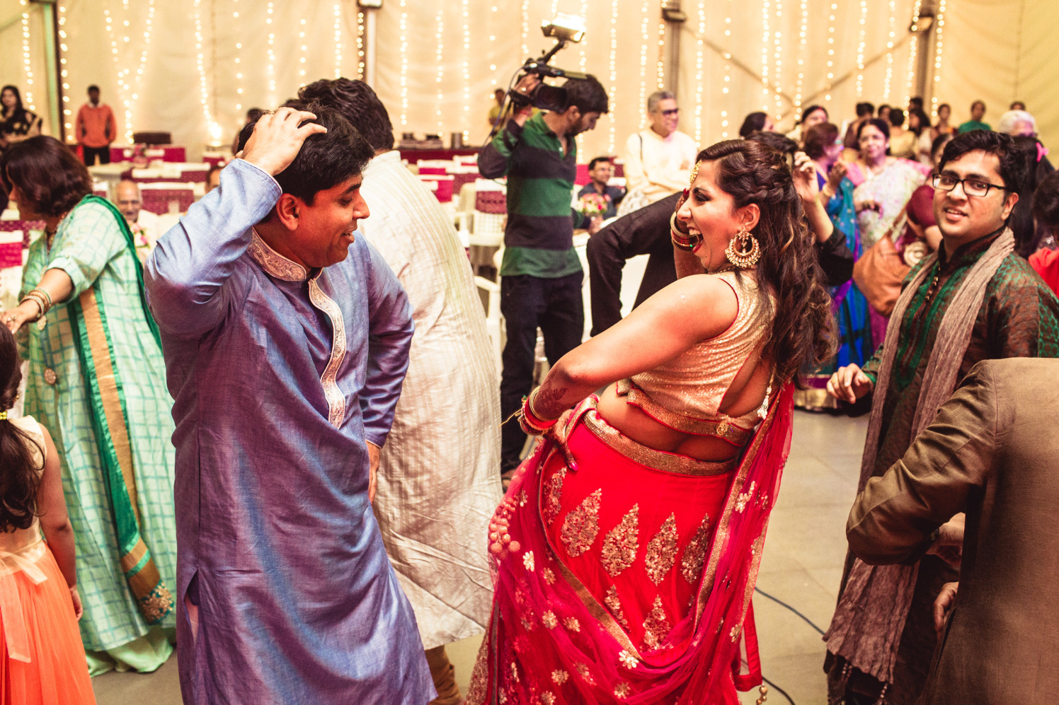 Grooving on wedding beats by Manas Saran Photography Wedding-photography | Weddings Photos & Ideas