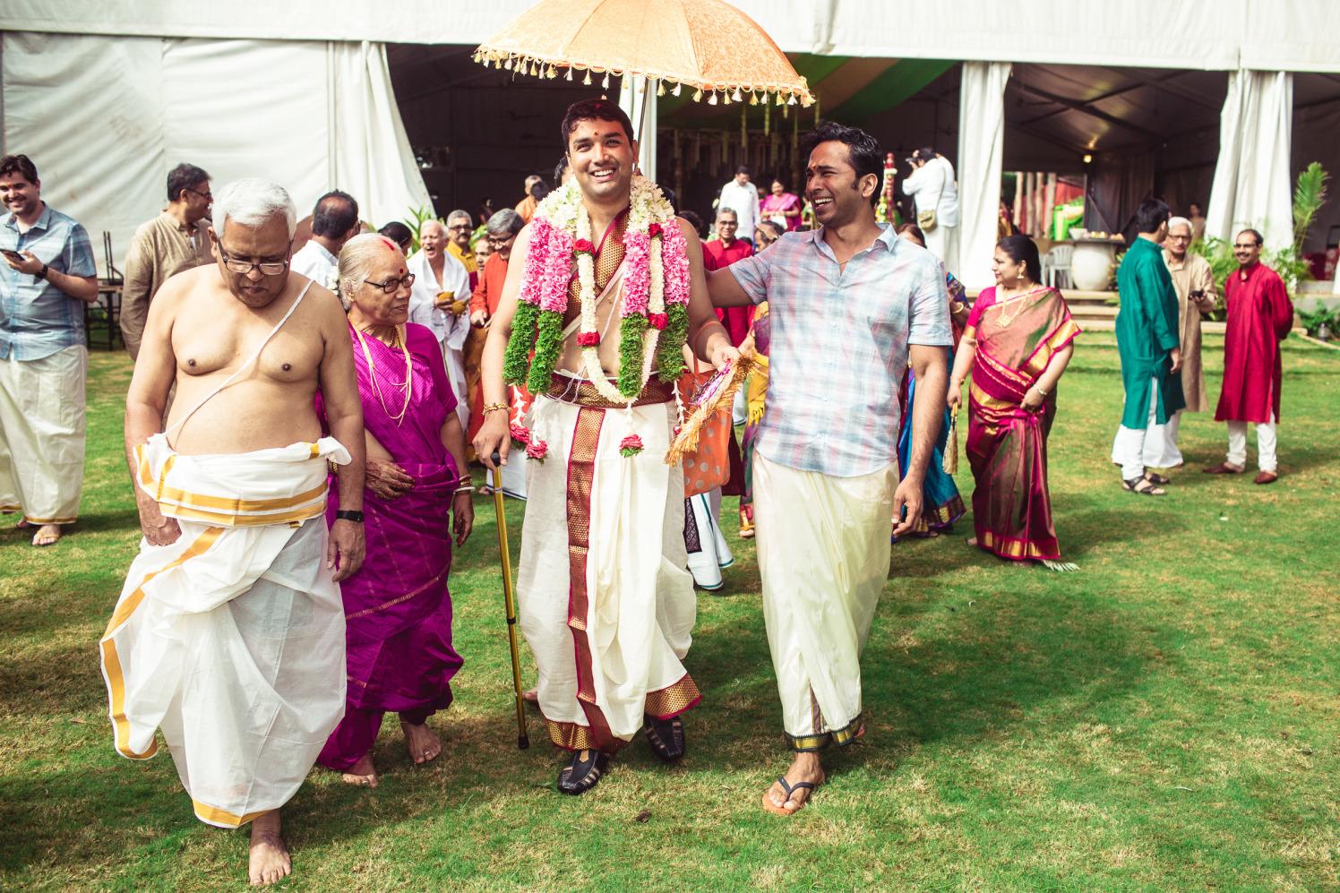 Charming ingress by Manas Saran Photography Wedding-photography | Weddings Photos & Ideas