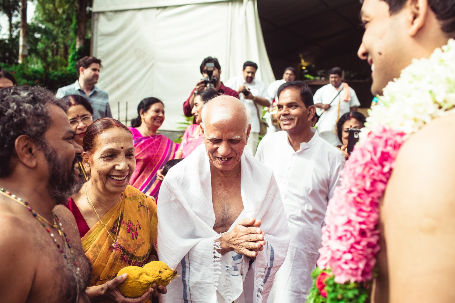 Happy moments by Manas Saran Photography Wedding-photography | Weddings Photos & Ideas