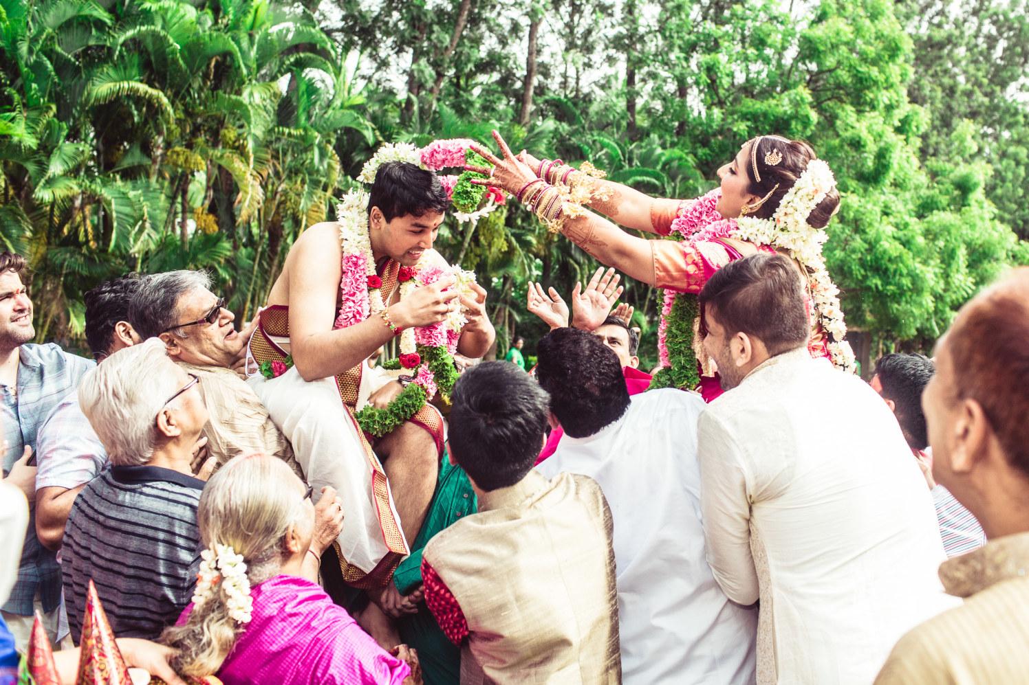 Exulting fun rituals by Manas Saran Photography Wedding-photography | Weddings Photos & Ideas