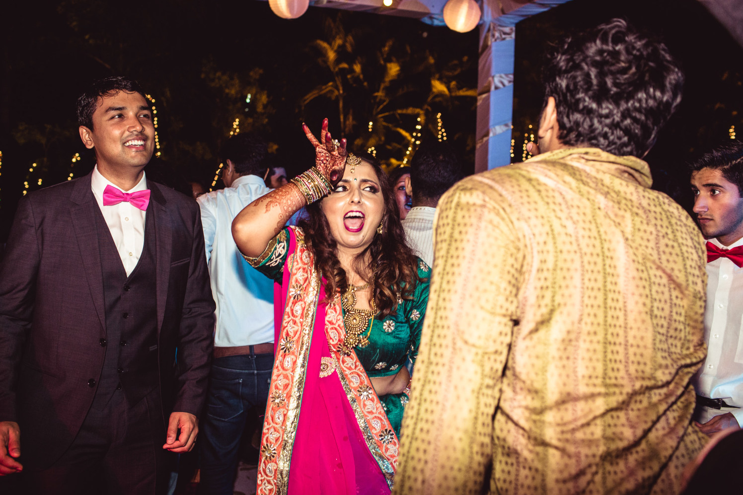 Swaying on the wedding beats by Manas Saran Photography Wedding-photography | Weddings Photos & Ideas