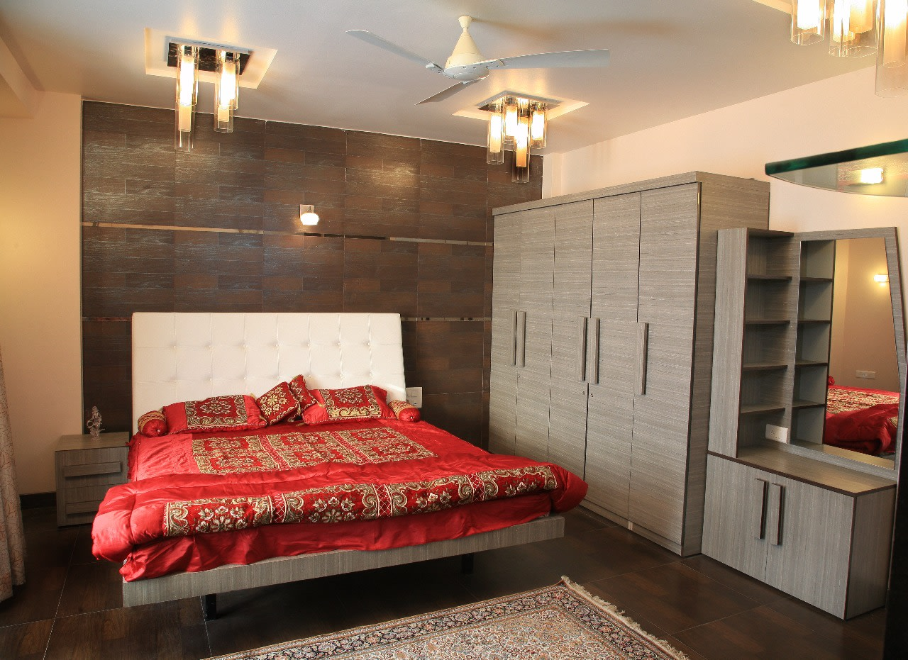 King Sized Bed with White Upholstered Headboard by Sudeep S Gandhi ID Bedroom Modern | Interior Design Photos & Ideas