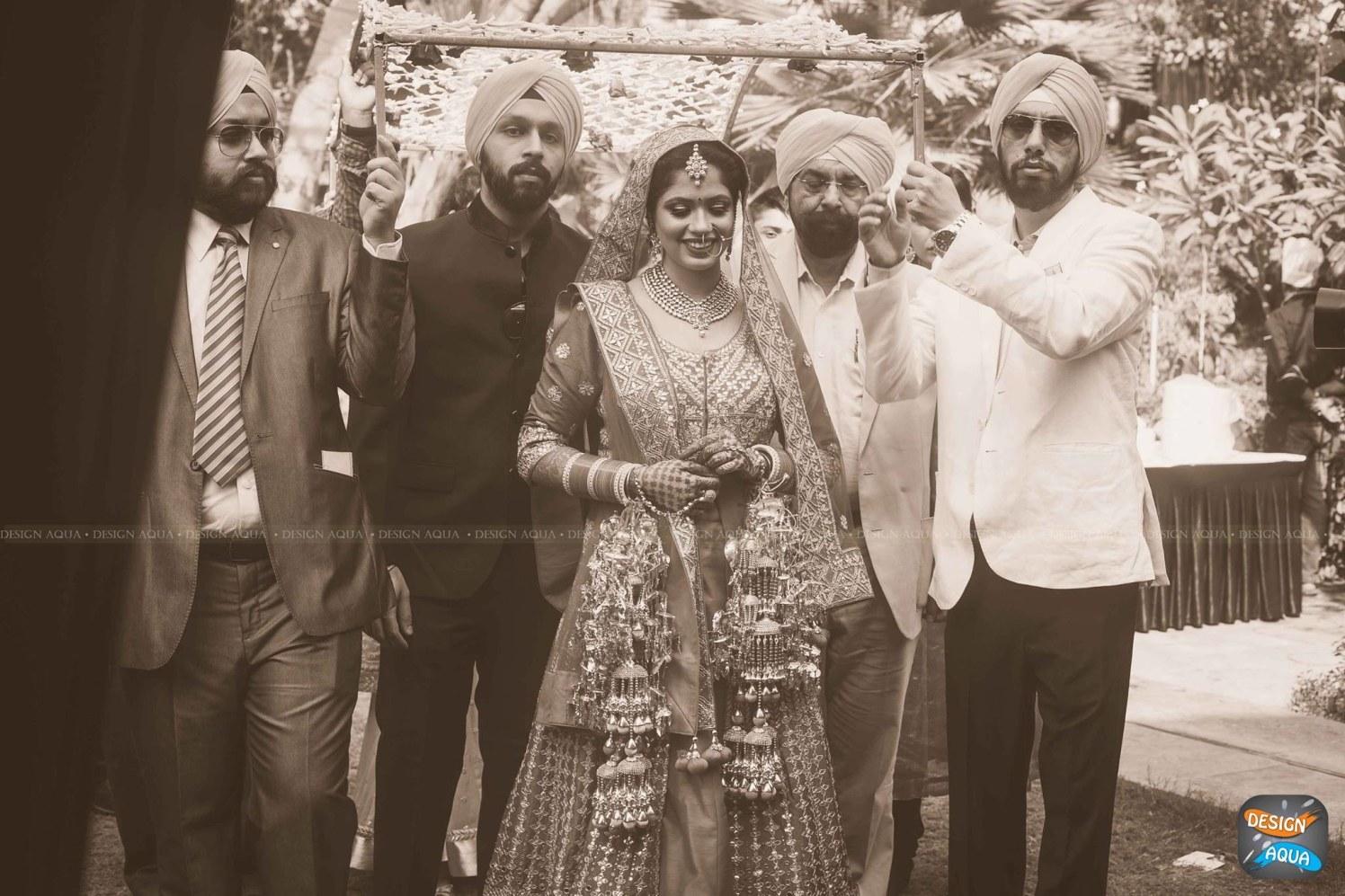 The Graceful Entry of the Bride by Priyanka Kamboj Wedding-photography | Weddings Photos & Ideas