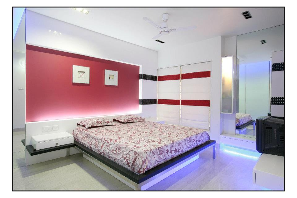 Red Velvet Wall by Id designerHemangi Modern | Interior Design Photos & Ideas