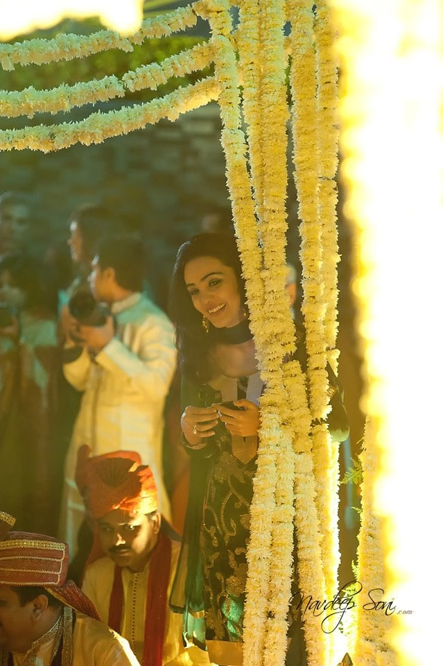 Beautiful candid shot by Navdeep Soni Photography Wedding-photography | Weddings Photos & Ideas