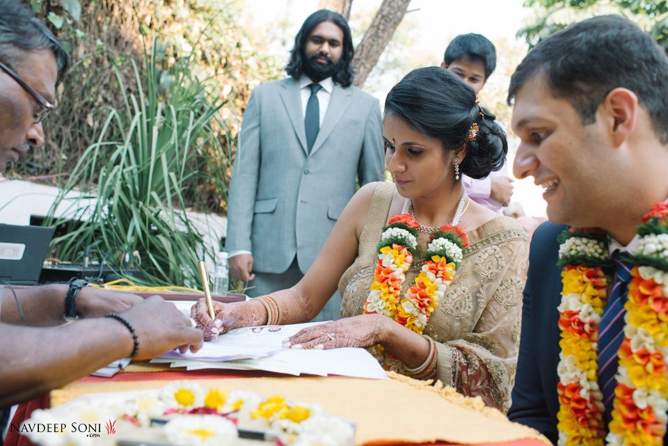 Signing wedding papers by Navdeep Soni Photography Wedding-photography | Weddings Photos & Ideas