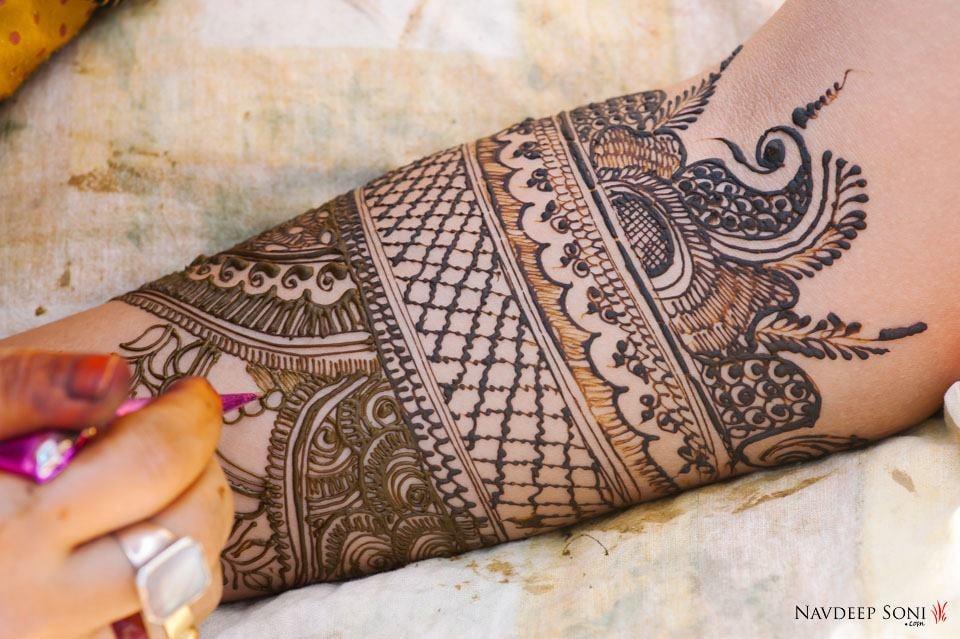 Captivating Unique Mehendi Design by Navdeep Soni Bridal-mehendi | Weddings Photos & Ideas