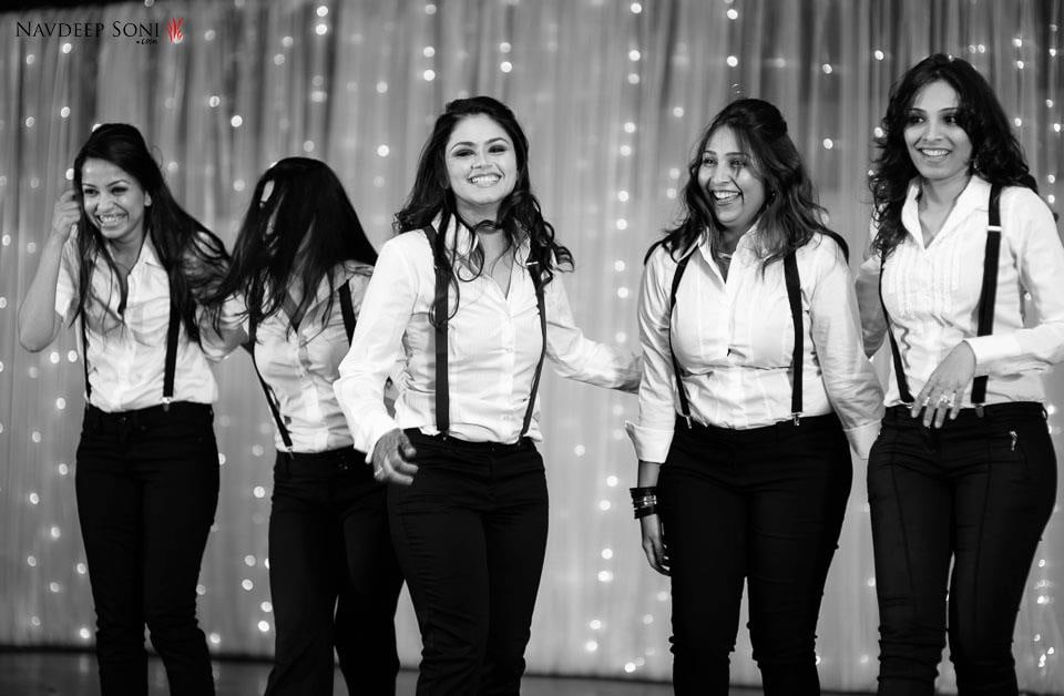 Bridesmaid's Black And White Quirky Dresscode by Navdeep Soni Wedding-photography | Weddings Photos & Ideas