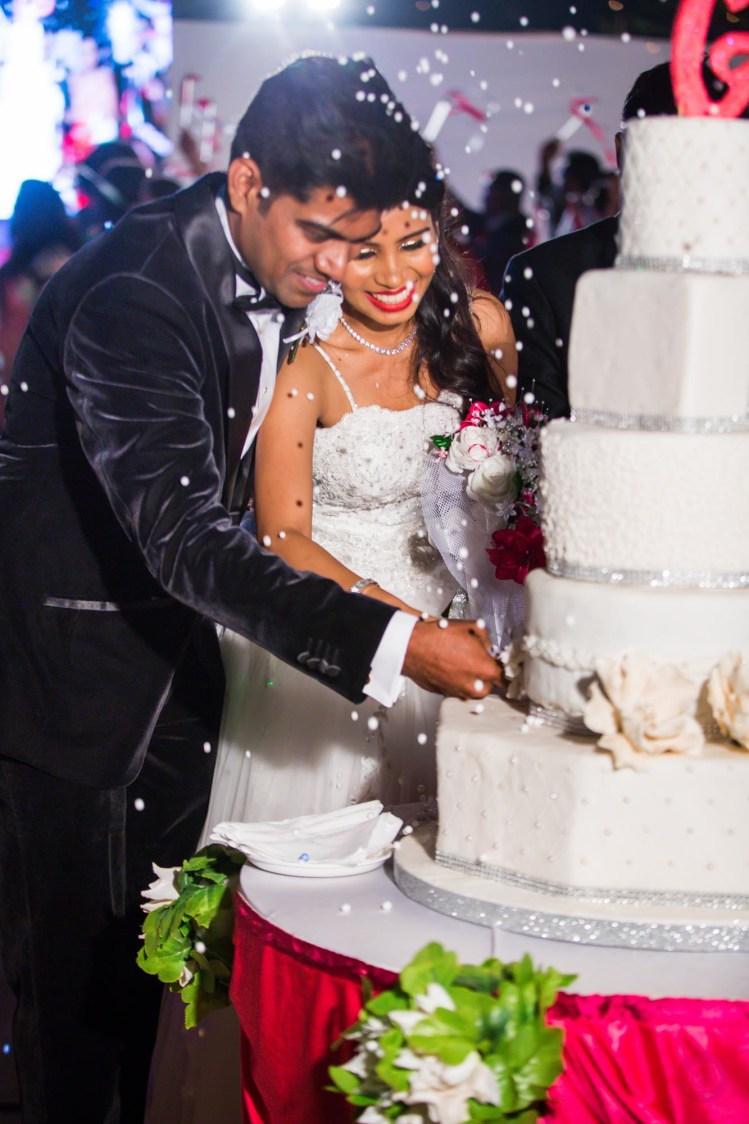 Magnificent wedding cake! by Fahim Sayed Wedding-photography | Weddings Photos & Ideas