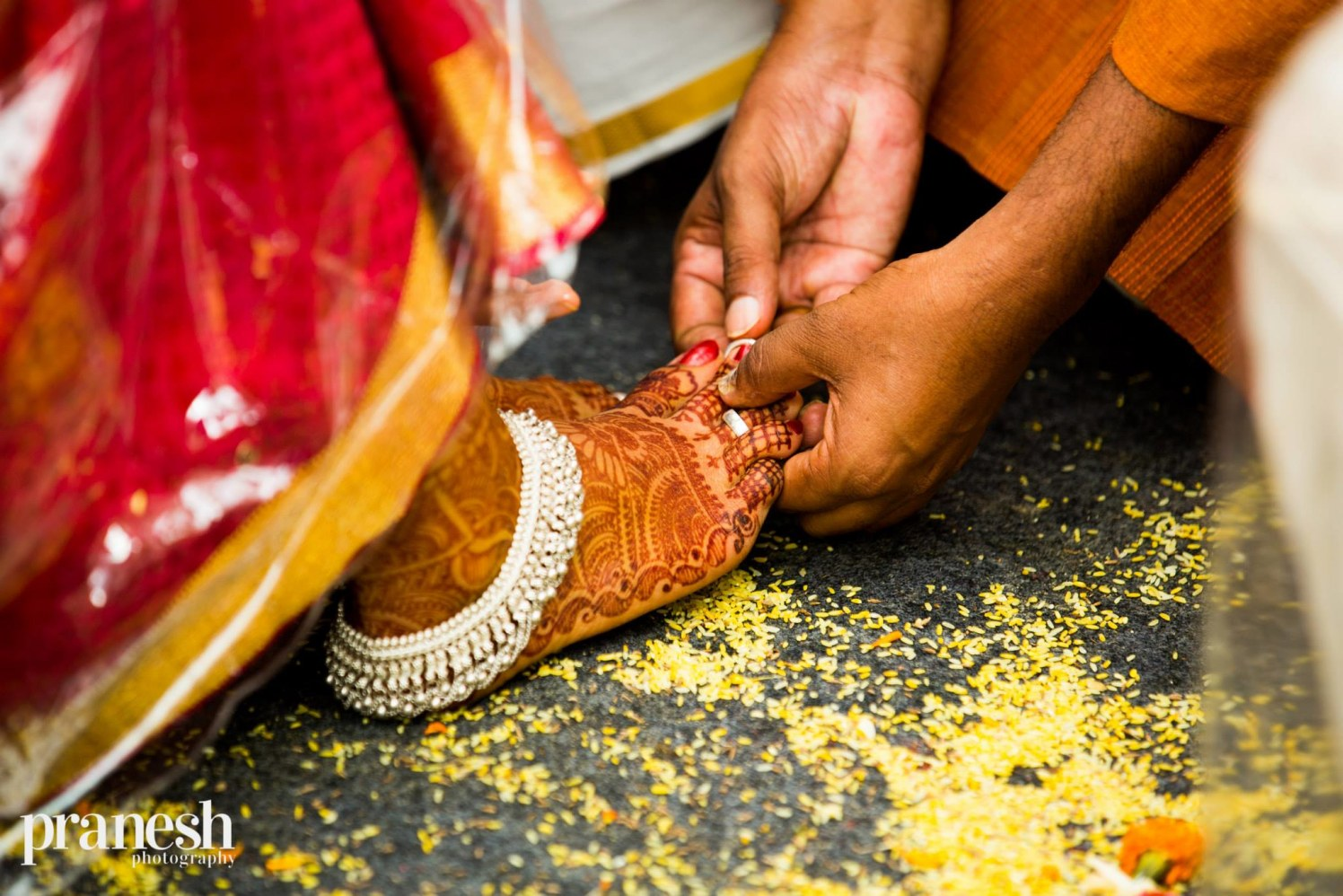 Aesthetic heena by Studio 31 by Pranesh Photography Wedding-photography | Weddings Photos & Ideas