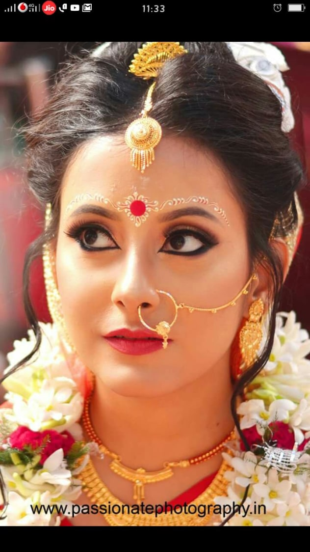 Bengali charm by Sharmistha Ghosh Roy Bridal-makeup   Weddings Photos & Ideas