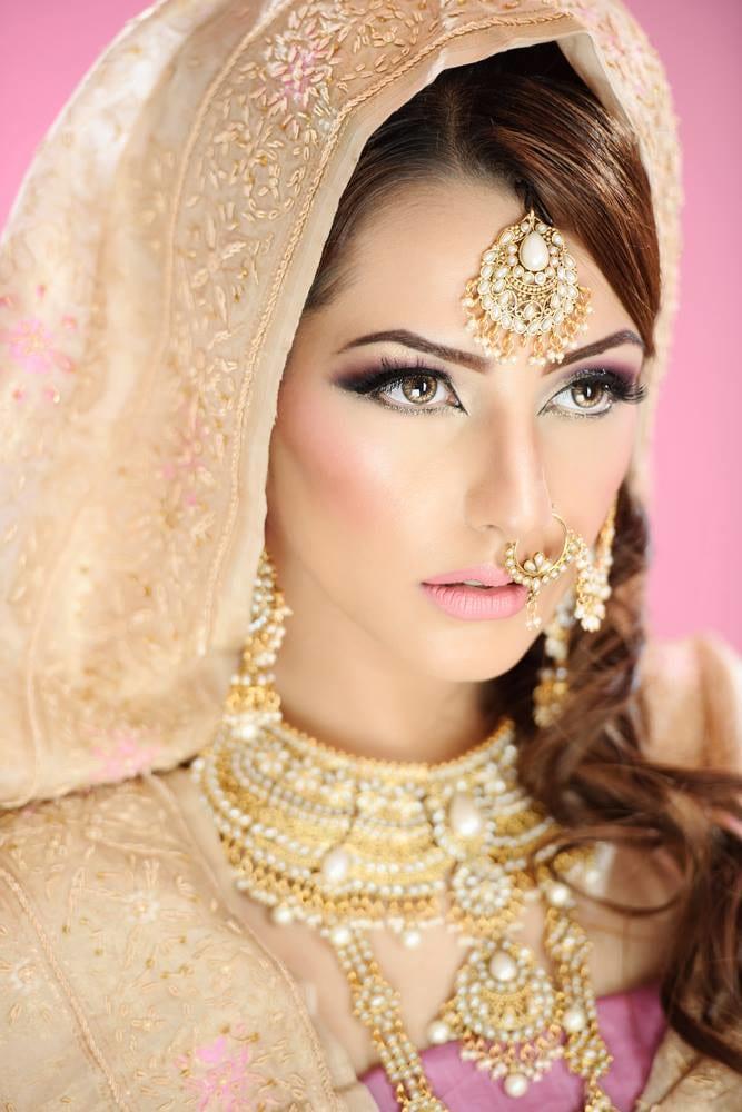 Tantalizing look by Karishma Trehan Bridal-makeup | Weddings Photos & Ideas