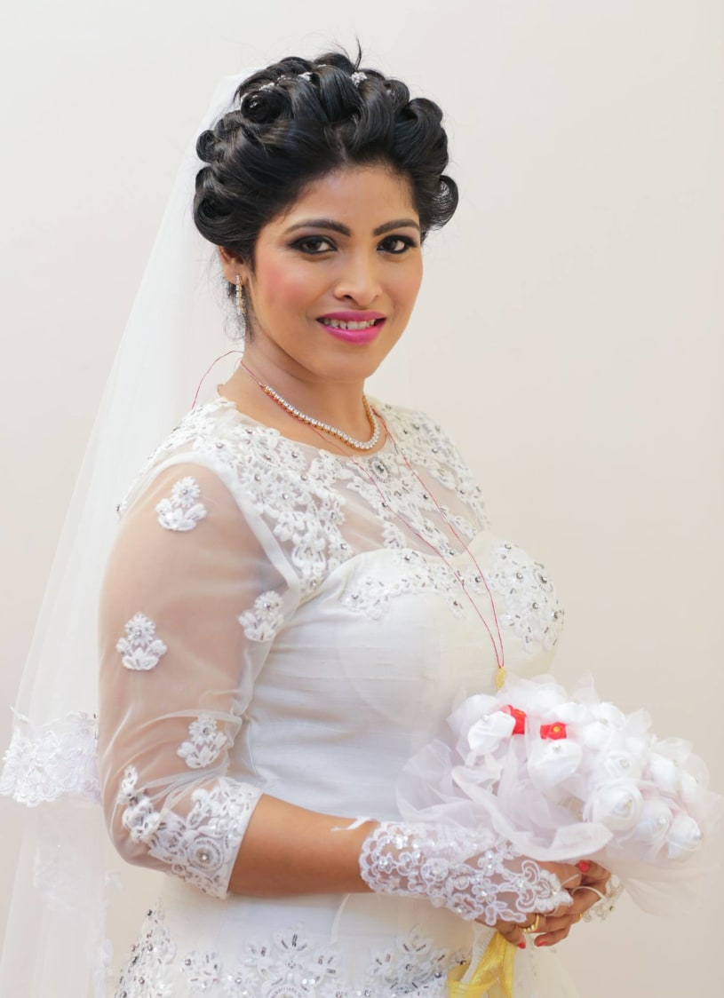 Bride wearing Elegant White Gown by Lloyd Bangera Wedding-photography Bridal-makeup | Weddings Photos & Ideas