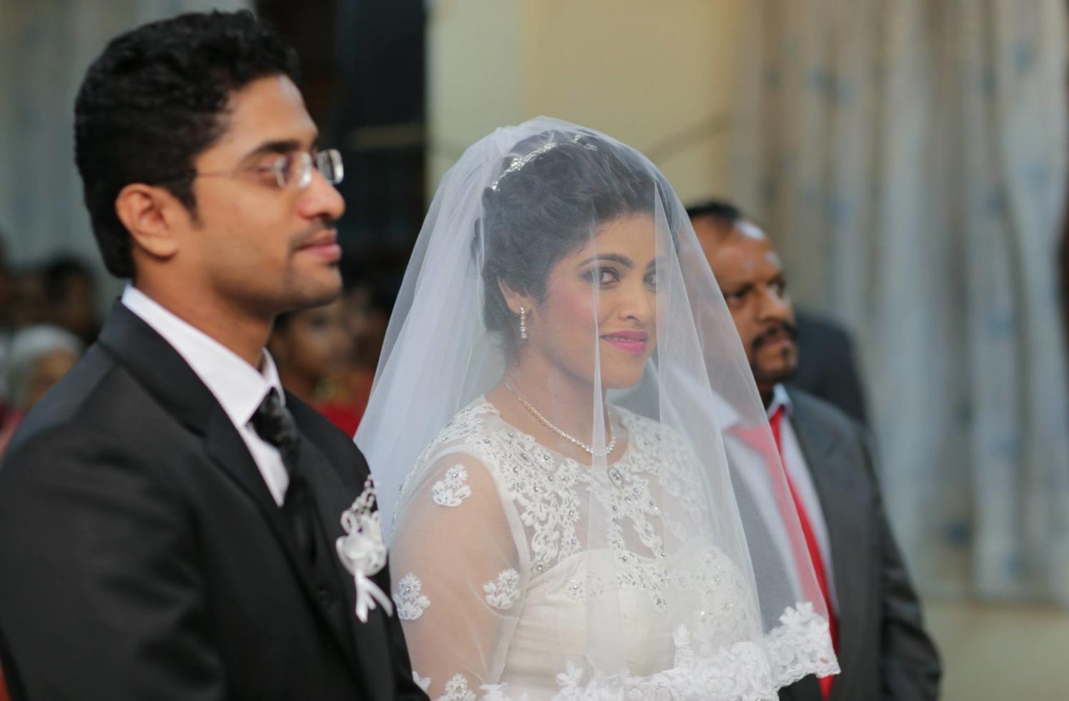 Bride Donning Elegant Veiled Look by Lloyd Bangera Wedding-photography | Weddings Photos & Ideas