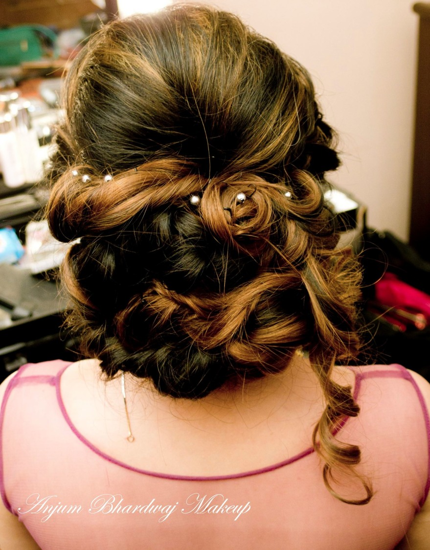Perfect hair do. by Anjum Bridal-makeup | Weddings Photos & Ideas