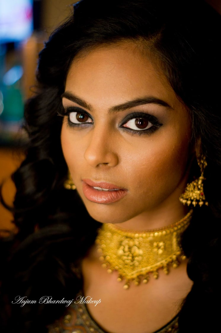 Perfect smokey eyes. by Anjum Bridal-makeup | Weddings Photos & Ideas