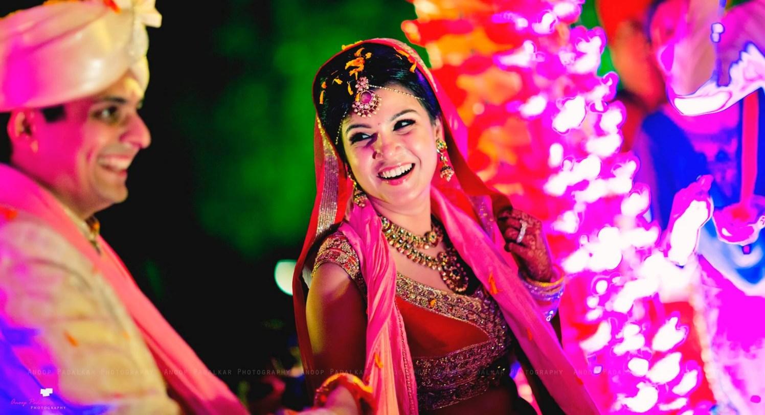 Unworried bride by Wedding Krafter Wedding-photography | Weddings Photos & Ideas