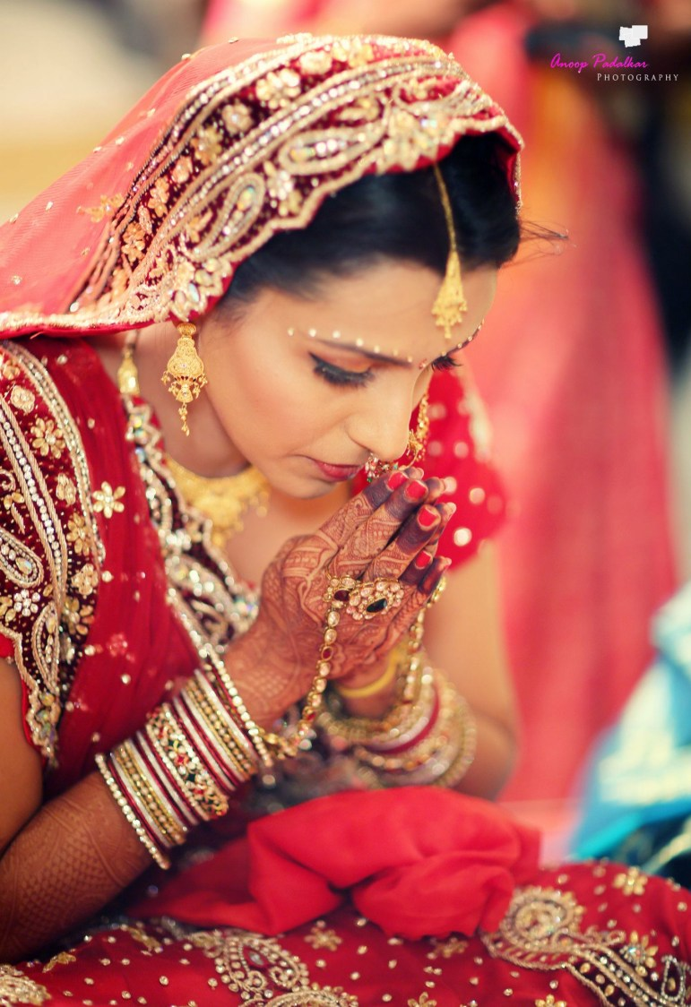 Bow down to the divine by Wedding Krafter Wedding-photography | Weddings Photos & Ideas
