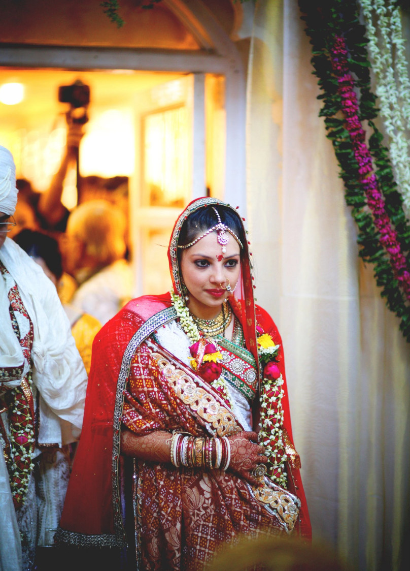 Walking with grace by Wedding Krafter Wedding-photography | Weddings Photos & Ideas