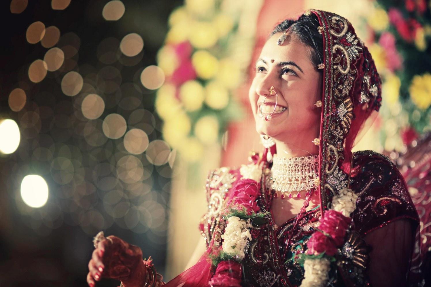 Glowy from the inside by Wedding Krafter Wedding-photography | Weddings Photos & Ideas