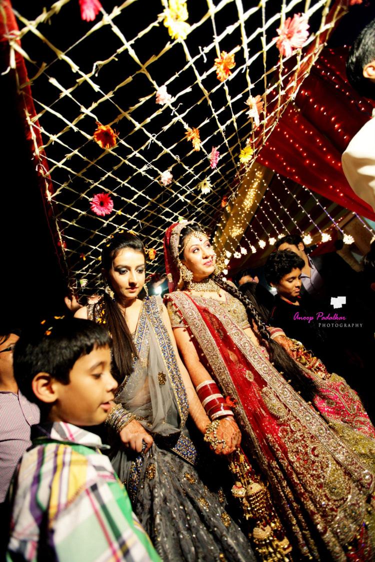 Sister duties by Wedding Krafter Wedding-photography | Weddings Photos & Ideas