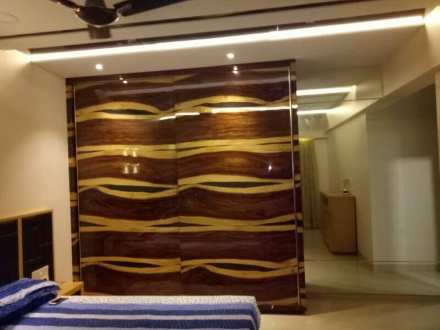 Glossy Closet by ARN INTERIORS Bedroom Contemporary | Interior Design Photos & Ideas