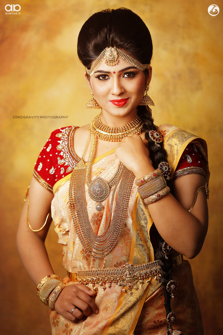 All that glitters is our bride! by Nithya Bridal-makeup | Weddings Photos & Ideas